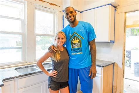 hgtv s rehab addict akron nicole curtis lebron james