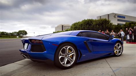 Lamborghini Cars Pictures Lamborghini Aventador Pictures On Hd Wallpapers Only Model