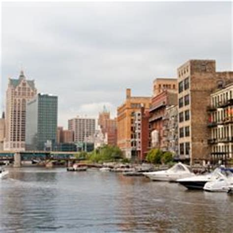 milwaukee boat tours edelweiss historic milwaukee boat tour edelweiss cruises milwaukee
