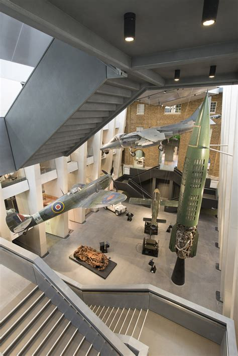 design museum london archdaily imperial war museum foster partners archdaily