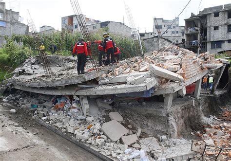 earthquake ecuador earthquake kills 238 in ecuador echonetdaily