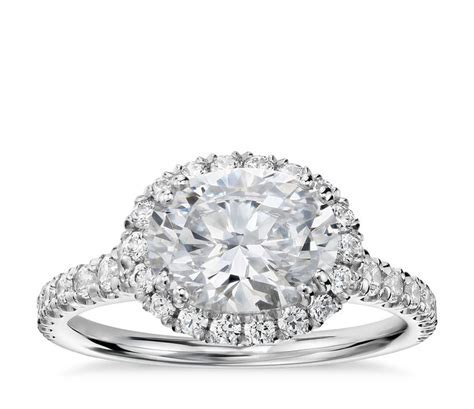 The New Trend for 2017 ? Oval Shape Diamond Engagement