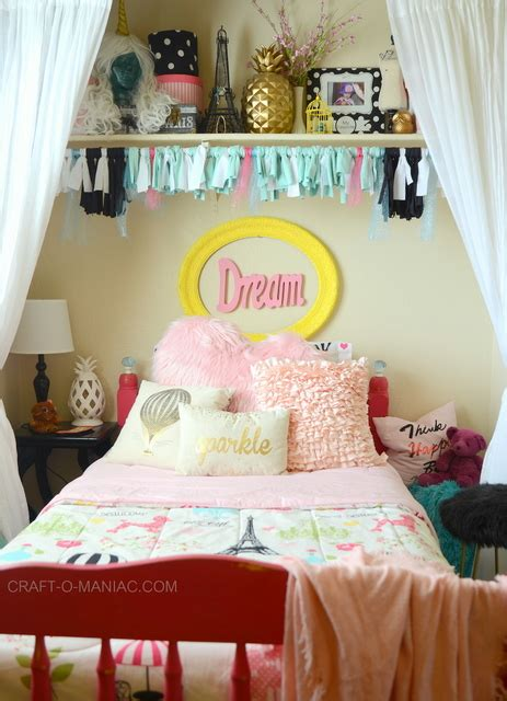 Putting Bed In Closet by Diy Put Your Tween S Bed In The Closet For More Room
