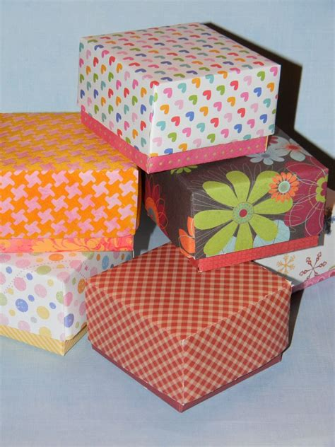 How To Make Small Gift Boxes From Christmas Cards - how to make a small gift box with lid make a taller bottom to show off cute paper