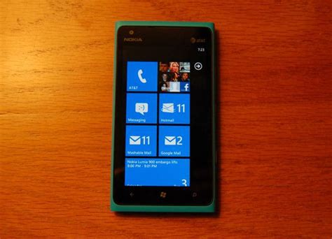 best phone lumia nokia and microsoft take on the iphone by going local