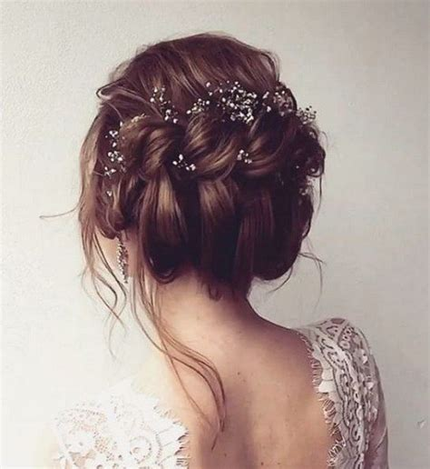 17 Best ideas about Wedding Hairstyles on Pinterest   Grad hairstyles, Weddings and Long bridal hair