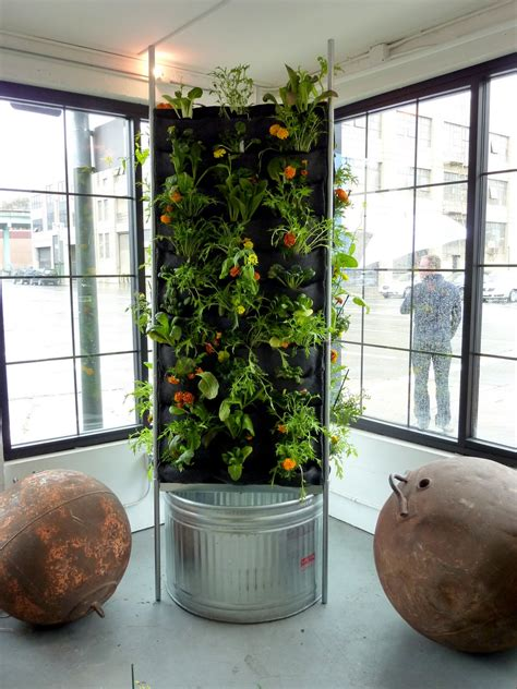 Vertical Indoor Vegetable Garden Tower Garden Aquaponics Details Plans Diy