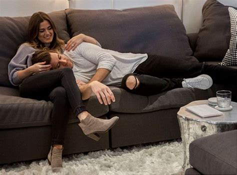 snuggle up on the couch 161 14 preguntas s 250 per sencillas que har 225 n que sepas si t 250