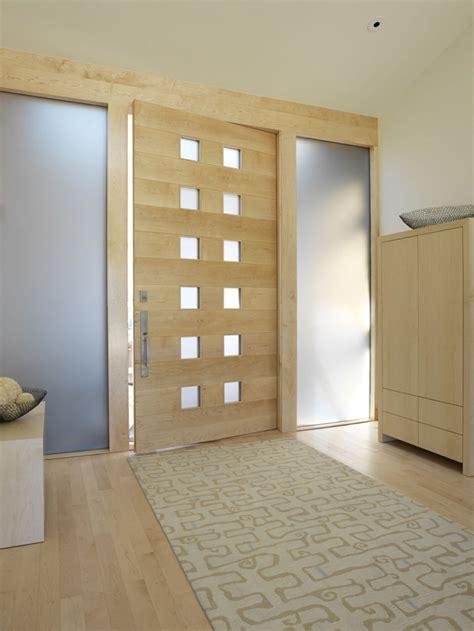 decoracion entrada casa interior puertas de madera para el interior y para la entrada de casa