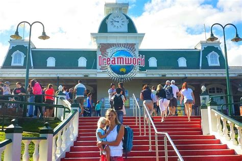 dreams and themes gold coast why dreamworld is the best theme park on the gold coast