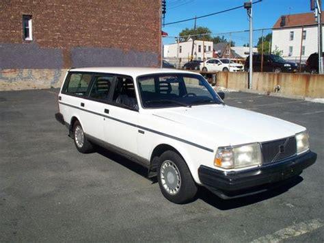 sell    volvo station wagon  year  production  bronx  york united