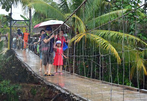 Lu Gantung Besar panduan weekend di pantai sawarna banten liburkeluarga
