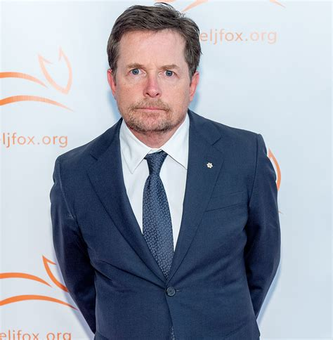 J Fox Mba Course by Michael J Fox Undergoes Spinal Surgery