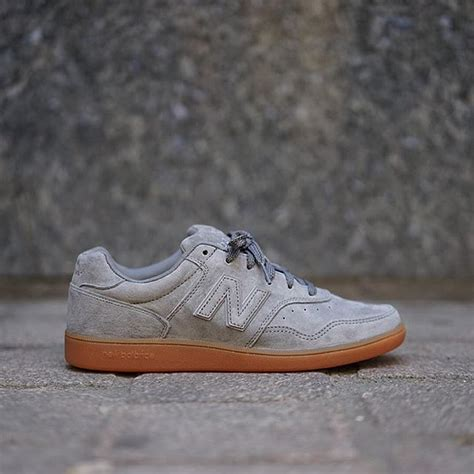 Sepatu Sneakers New Balance Ct 288 new balance ct suede gum chaussures