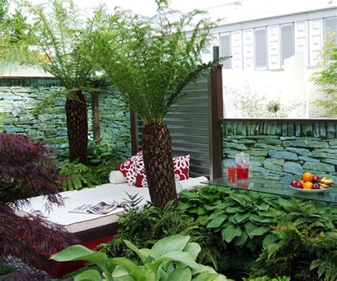 home decorations 9 tips for small backyard design
