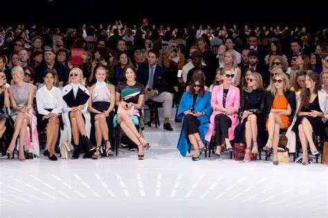 Front Row Fabulistas Which Are Getting The Best Seats At New York Fashion Week by Best Dressed Front Row At Pfw 2015 Stylebistro