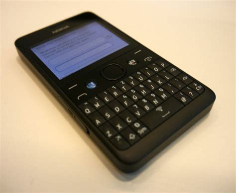 Hp Nokia Asha Qwerty 210 nokia asha 210 goes official 72 qwerty phone with whatsapp button gsmdome
