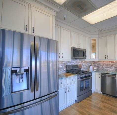 Kitchen Az Cabinets by Discount Kitchen Cabinets Countertops Appliances In