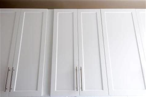 Dress Up Cabinet Doors How To Dress Up Flat Cabinets Kitchen Ideas