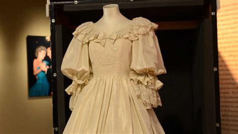 Diana Princess Of Wales Rose Princess Diana S Wedding Dress At The Frazier Museum Youtube