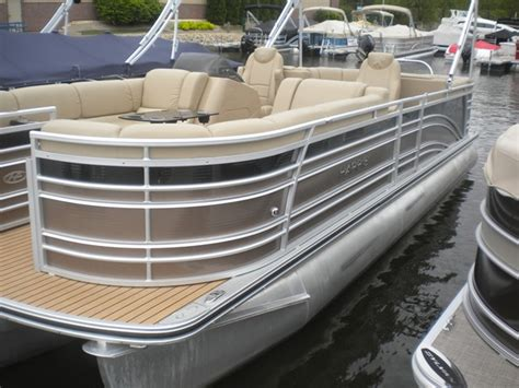 used pontoon boats wisconsin used pontoon boats for sale in wisconsin boats