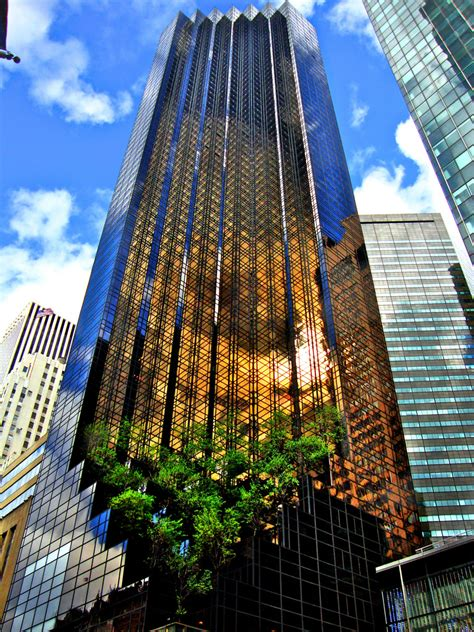 trump tower nyc trump tower new york vicen flickr