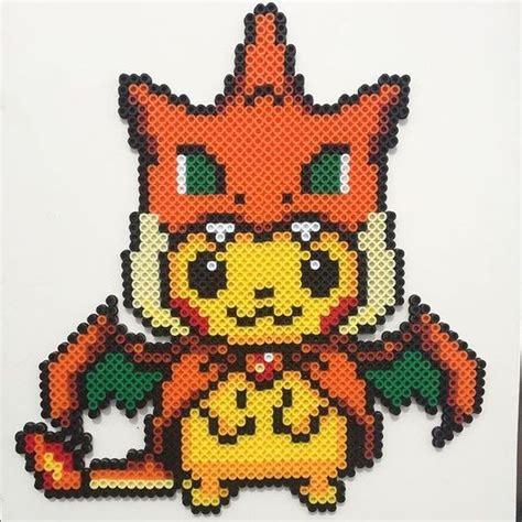 Pika Pika Pikachu se montre en perles à repasser   Modèles Hama