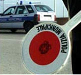 polizia municipale pavia comuni piu multe in bilancio per fare cassa l
