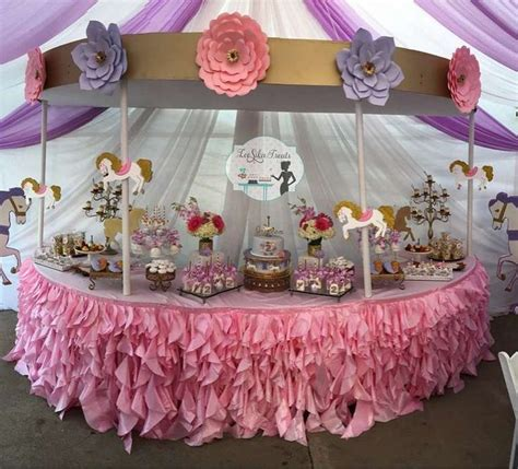 Carousel Decorations by Best 25 Carousel Birthday Ideas On