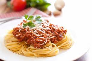 spaghetti with meat sauce authentic italian style