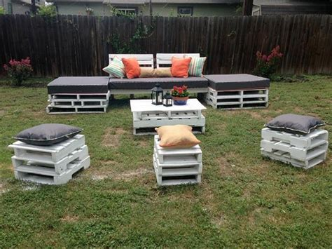Reasonably Priced Patio Furniture by Diy Pallet Garden Furniture Plans Pallet Wood Projects
