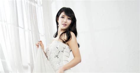 lovely white cha sun hwa lovely in white dress korean models photos