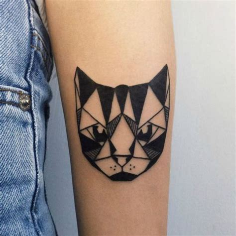 masterpiece tattoos 25 best ideas about geometric cat on