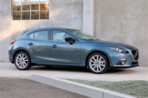 mazda 3i vs mazda 3s used 2016 mazda 3 hatchback pricing for sale edmunds