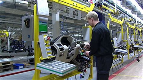 swedens industrial production continues  remain depressed