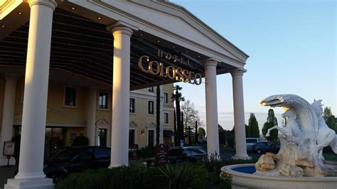 europa park eingang bild quot innenhof quot zu hotel colosseo europa park in rust