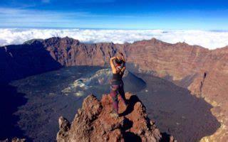 rekomendasi film pendakian gunung perlengkapan naik gunung teknologi terbaru yang harus