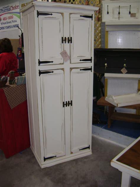 Antique Kitchen Pantry Cabinet by Antique Kitchen Pantry Cabinet Manicinthecity