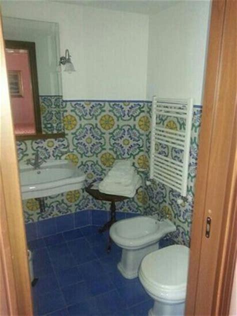 piastrelle bagno vietri bagno vietri foto di villa vico equense