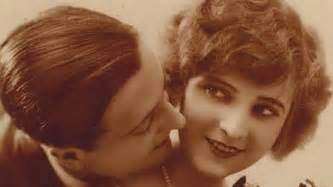 Scott fitzgerald marries the first american flapper 95 years