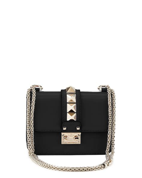 10 Valentino Bags by Valentino Rockstud Bags And Shoes From The Cruise 2015