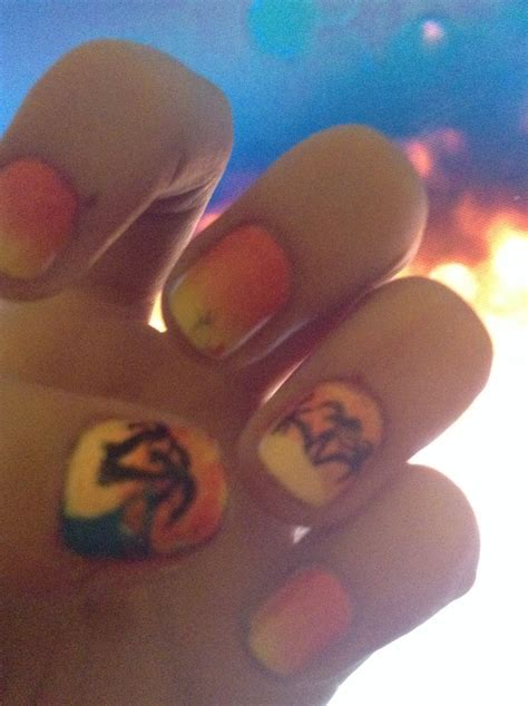 Has Some Messed Up Nails by Messed Up Sunset Island Nails My Nail