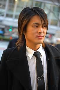 Mens long hairstyle 2011 pictures long layered hairstyles jpg