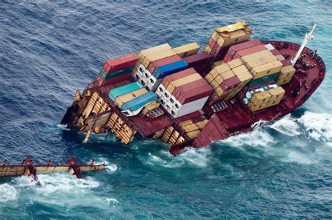 sinking boat meaning chinese container ship sinks off guangzhou eight crew
