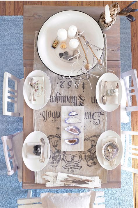tavole di maree una tavola apparecchiata al sapore di mare casa donna