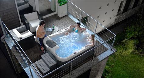 minipiscine idromassaggio da interno 30 fantastiche vasche idromassaggio da esterno