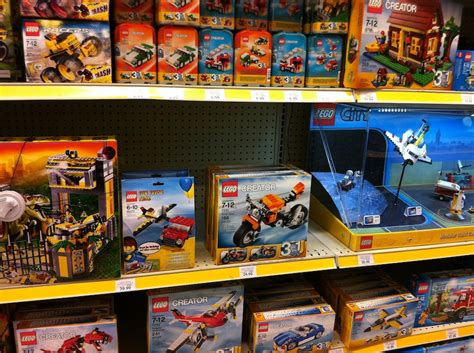 wars legos toys r us 2012 lego wars sets arrive at toys r us brick update