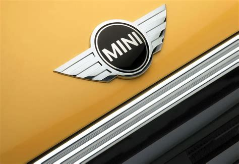 mini cooper logo mini cooper logo mini car symbol meaning and history