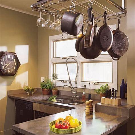 Vaso S Kitchen by Decorar La Cocina Con Ollas Y Sartenes