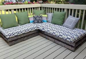 Diy Patio Furniture Cushions Pallet Year Two The Cushions Stored Well And Pillows Thinking That We Will Need New